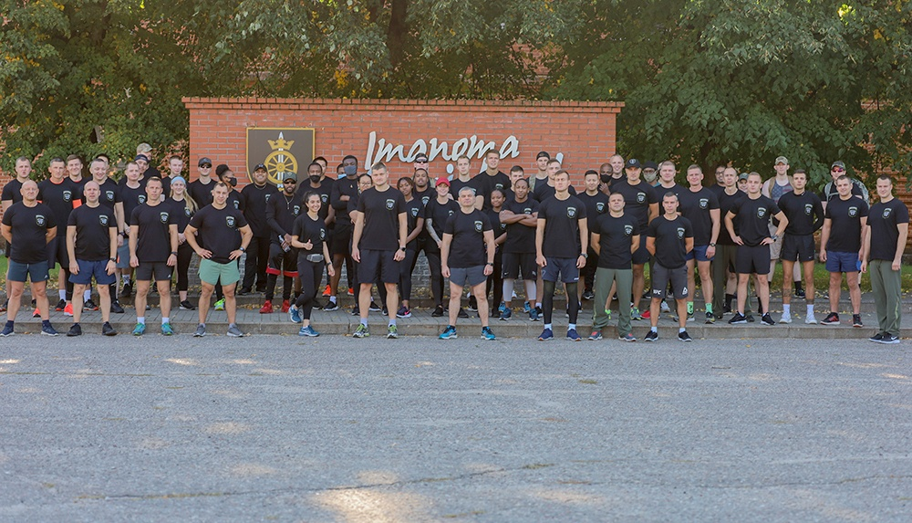 U.S. and Lithuanian Soldiers run together in remembrance of 9/11