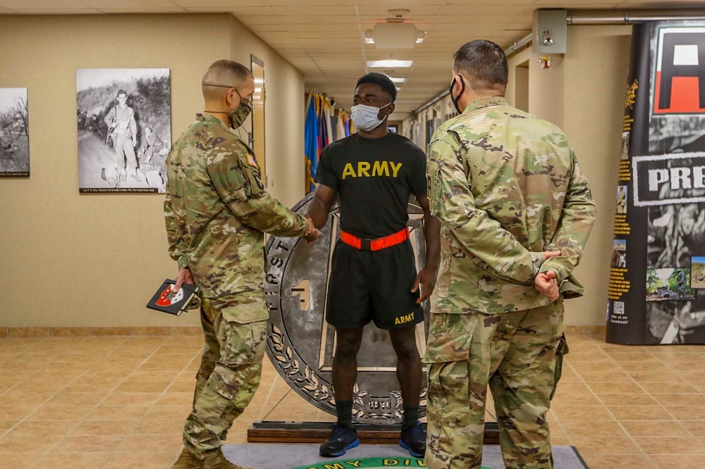 Sgt. Maj. of the Army Michael A. Grinston visits Fort Knox