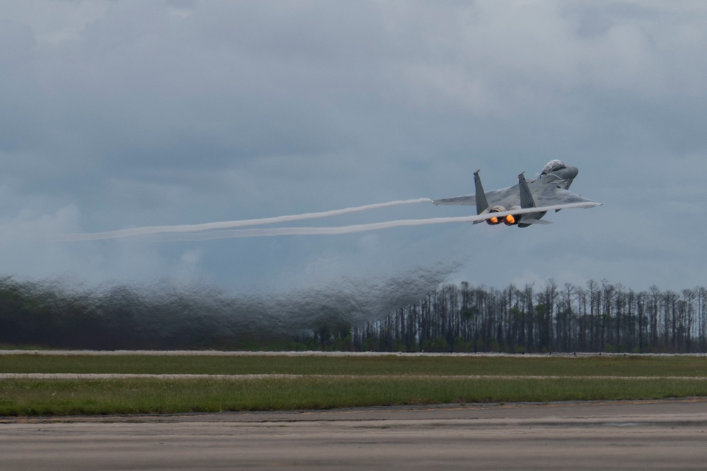 WSEP East 21.12 takes off at Tyndall