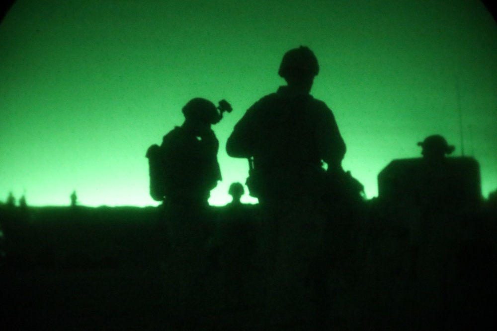 In the dead of night: V37 conduct company live-fire attack