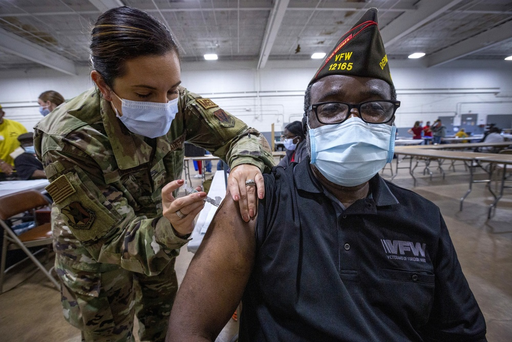 New Jersey Air Guard serves at Stand Down