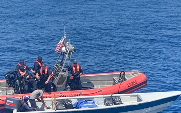 Coast Guard nabs 2 smugglers, seize $7.5 million in cocaine following interdiction in Caribbean Sea [Image 2 of 2]