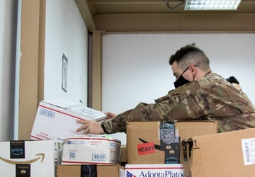 'Spears Ready' Soldiers boost morale, one parcel at a time