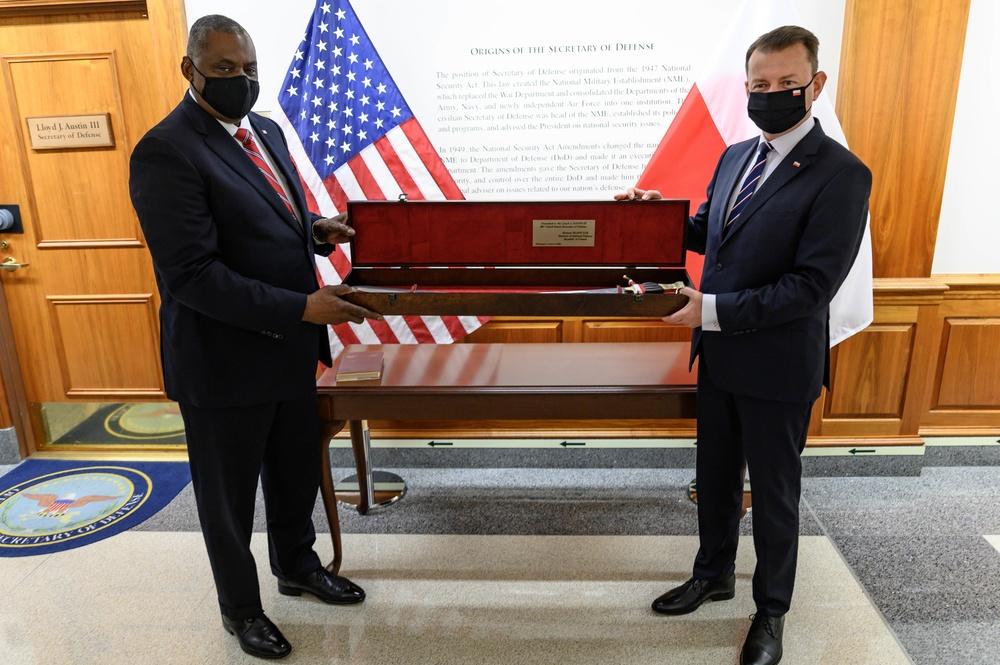 Secretary Austin hosts Polish Defense Minister Mariusz Blaszczak