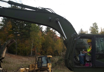 Vermont Guard Soldiers introduce students to heavy equipment