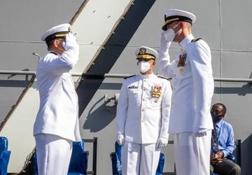 USS Iwo Jima Holds Change of Command Ceremony