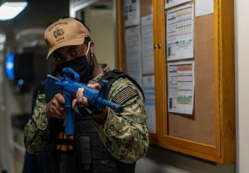 USS Jackson (LCS 6) Sailor Participates In Anti-terrorism Training Team Drill