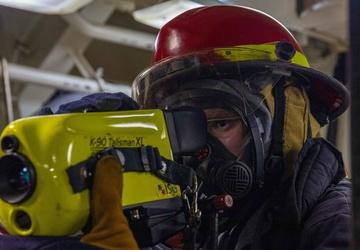 HTFN Jared Shacklett Conducts Firefighting Training aboard the USS Dewey